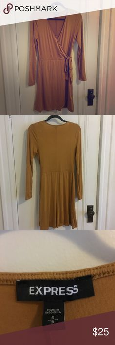 Express Gold dress Used only once. Mustard yellow color casual dress. Express Dresses