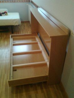"""Acquire excellent ideas on """"murphy bed plans"""". Cama Murphy, Murphy Bed Desk, Murphy Bed Plans, Folding Furniture, Furniture Plans, Home Furniture, Furniture Design, Furniture Chairs, Garden Furniture"""