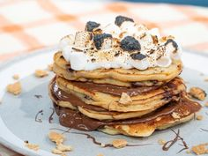 S'mores Pancakes Recipe from Food Network Mexican Breakfast Recipes, Breakfast Dishes, Breakfast Ideas, Breakfast Carbs, Brunch Dishes, Breakfast Sandwiches, Breakfast Pizza, Breakfast Time, Breakfast Casserole