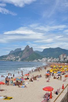 Food stands typically line beaches like Ipanema Beach (pictured here) in Rio de Janeiro, Brasil