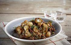 15 vegan και ελληνικές συνταγές που θα αγαπήσετε - www.olivemagazine.gr Kung Pao Chicken, Sprouts, Potato Salad, Potatoes, Vegan, Vegetables, Ethnic Recipes, Food, Potato