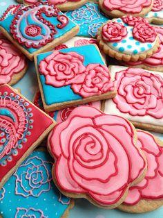 Sweet Rose Cookies, so pretty! Rose Cookies, Best Sugar Cookies, Fancy Cookies, Flower Cookies, Valentine Cookies, Iced Cookies, Easter Cookies, Royal Icing Cookies, Cupcakes