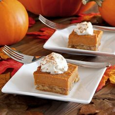 Gluten-free and paleo Pumpkin Pie Bars. Easy recipe with all-natural ...