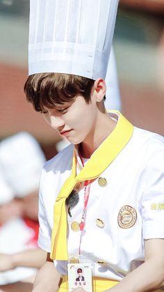 LuHan 鹿晗|| 160821 Back to School S2