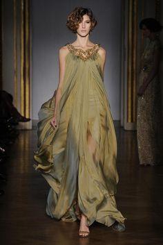 sunriseflight: Dilek Hanif Spring 11 Couture