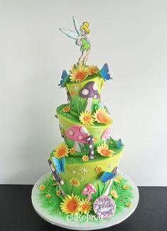 whimsical fairy garden theme birthday cake by Rick Reichart, cakelava