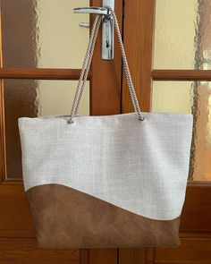 Stéphanie Garcia sur Instagram: sac samba pour ma fille ☀️ - patron: @patrons_sacotin tissu: @tissusdesursules - 🏷: #sac #sacsamba #samba #bag #couturesac #couture…