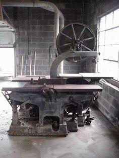 Crescent Machine Co. - No. 55 Universal Woodworker