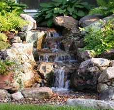 Marvelous Small Front Garden Design With Waterfall Ideas 0738 Pond Landscaping, Ponds Backyard, Landscaping With Rocks, Backyard Waterfalls, Pond Waterfall, Small Waterfall, Garden Features, Water Features, Covered Back Patio