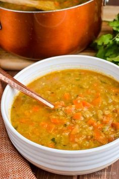Slimming Eats Syn Free Spicy Carrot and Lentil Soup - gluten free, dairy free, vegan, Instant Pot, Slimming World and Weight Watchers friendly soup soup soup healthy recipes froide legumes minceur potimarron Spicy Lentil Soup, Carrot And Lentil Soup, Lentil Soup Recipes, Vegetarian Recipes, Healthy Recipes, Seitan Recipes, Healthy Soups, Savoury Recipes, Detox Recipes