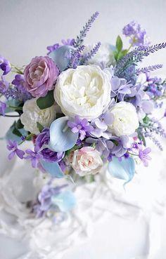 Wedding Flower Arrangements Another angle of the PERFECT bouquet - Beautiful Flower Arrangements, Fresh Flowers, Pretty Flowers, Floral Arrangements, Pastel Flowers, Floral Bouquets, Wedding Bouquets, Wedding Flowers, Arte Floral