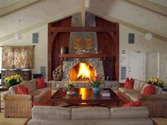 i like this deco design. Outdoor Living Rooms, Home Living Room, Living Room Decor, Living Area, Living Spaces, Dining Rooms, Cozy Fireplace, Fireplace Design, Fireplace Ideas