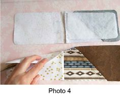 Sleeve Phone Pouch Tutorial. Instructions to adapt to any phone size and also a snap closure included.