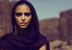 #hijab #hijabi #muslimah #covered #modeststyle #modeststreetfashion #modestfashion #hijabiblogger #muslimahblogger #hijabifashion | http://on.fb.me/1HtR8bd