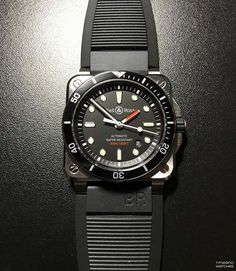 Bell & Ross BR 03-92 Diver Fine Watches, Cool Watches, Rolex Watches, Watches For Men, Wrist Watches, Beach Watch, Watch Blog, Bell Ross, Mens Sport Watches