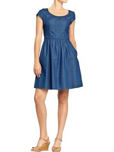 Old Navy | Women's Chambray Cap-Sleeve Dresses>>> I really like the simplicity and silhouette of this dress. It only needs a slim belt!