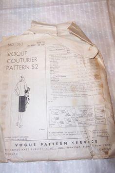 Vintage Vogue Couturier Ladies Jacket Skirt Pattern 363 Size 12 1940'S (back of envelope)