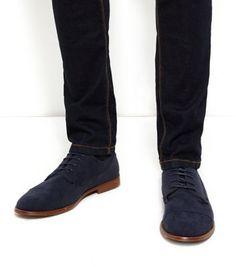 Chaussures bleu marine à lacets et bout renforcé