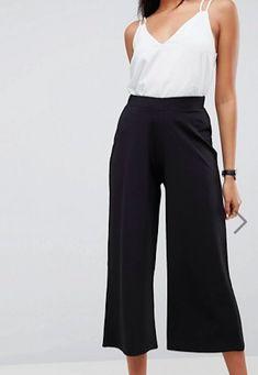 ASOS - Pantaloni al polpaccio neri in crêpe di jersey con fondo ampio_asos.png