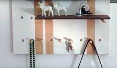 Como hacer una estantería para el recibidor, es fácil con este tutorial. Puedes echar un vistazo también a las fotografías, para hacerte una idea.