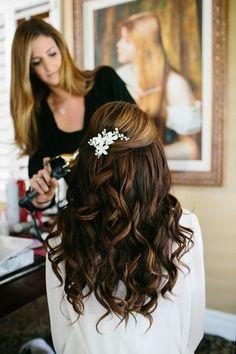 wedding hair style (half up half down) by Divonsir Borges