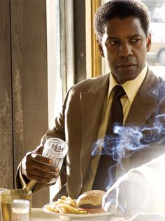 Frank Lucas (Denzel Washington) from American Gangster Denzel Washington, Image Cinema, Frank Lucas, The Caged Bird Sings, Gangster Movies, By Any Means Necessary, Raining Men, Film Serie, Movie Characters