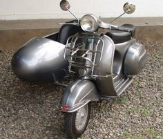 1972 vespa with sidecar