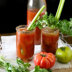 Heirloom tomato bloody Mary mix - Forget the store-bought kind and mix ...