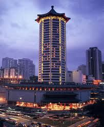 Marriott Singapore is not only known as a luxury business hotel. This hotel being the recipient of many accolades and awards, offers world-class amenities, impeccable services, and luxurious accommodations.
