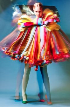 ℘ Paper Dress Prettiness ℘ art dress made of paper - 12 Shapes of Paper by Estonian Academy of Arts students Paper Fashion, Fashion Art, Fashion Design, High Fashion, Fashion Trends, Fashion Fotografie, Paper Clothes, Paper Dresses, Barbie Clothes