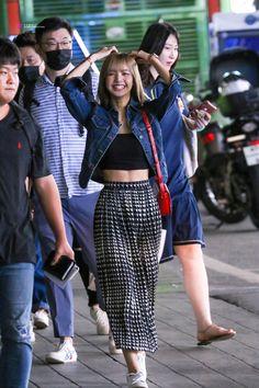 Blackpink Outfits, Kpop Fashion Outfits, Blackpink Fashion, Tumblr Outfits, Korean Outfits, Korean Fashion, Casual Outfits, Fashion Looks, Kpop Mode