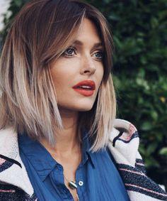 Haartrend: Donkere smokey roots zijn helemaal hot - Beautify