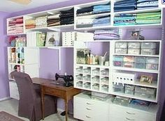 I need this craft room... someday!!