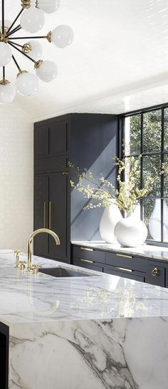 modern kitchen design with navy kitchen cabinets, white subway tile, and marble countertops, marble kitchen island with brass faucet, modern kitchen decor ideas Home Design, Luxury Kitchen Design, Küchen Design, Interior Design Kitchen, Design Ideas, Design Trends, Interior Shop, Interior Ideas, Modern Design