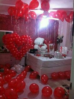 Trendy Birthday Surprise For Girlfriend Romantic Anniversaries Ideas Birthday Surprise For Girlfriend, Best Birthday Surprises, Boyfriend Birthday, Diy Gifts For Boyfriend, Boyfriend Ideas, 60 Wedding Anniversary, Anniversary Surprise, Anniversary Ideas, Anniversary Party Decorations