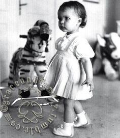 grace&family: Princess Caroline of Monaco, April 1958
