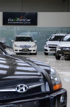 Sessão de fotos na ComfortCar. #loja #carros #store