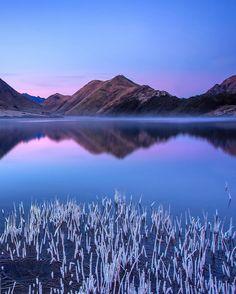 Moke Lake, Queenstown, New Zealand by @rachstewartnz •