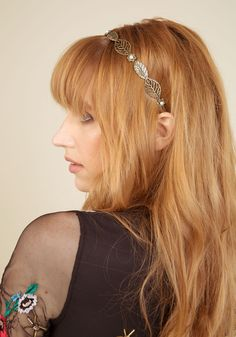 Get a 'head' start on your day by adorning your 'do with this metal headband. Bedecked with leaf-shaped accents, pearlesque flowers, and. Flower Dresses, Cute Dresses, Vintage Dresses, Vintage Outfits, Vintage Clothing, Tie Headband, Metal Headbands, Flower Headbands, Indie Outfits