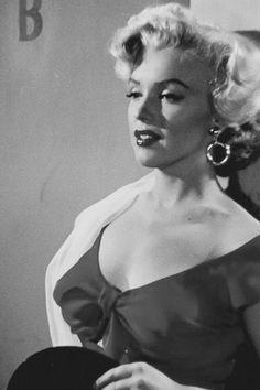 As Rose  Loomis in Niagara 1952