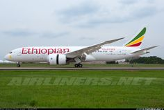 Ethiopian Airlines ET-AOQ Boeing 787-860 Dreamliner aircraft picture