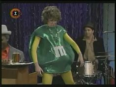 "MadTv - Mo Collins as ""Lorraine"" at the Mardi Gras (subtitulado)"