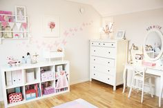 linda habitacion infantil, me gustan los muebles