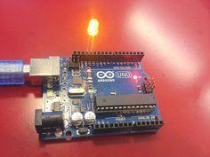 【Arduino 懶人學習筆記】不會 Coding ,也能用 Arduino 隨意控制 LED 閃爍