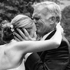 Dad's Wedding Surprise Makes Bride and Groom Break down in Tears ...
