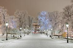 Esplanade Park, Helsinki, Finland http://www.mr-photography.com/galleries/helsinki_winter10/mr100111_img_1794.htm.