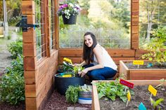 Here's the 411 on creating your own edible garden.