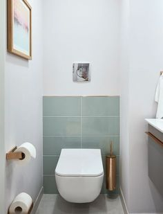 "Sleeping and Dining Area in Suite ""Modern Serenity"": Free Pla .- Schlaf- und Essbereich in Suite ""Modern Serenity"": Freie Platzwahl Toilet - Small Toilet Room, Guest Toilet, Downstairs Toilet, Small Toilet Design, Toilet Wall, Toilet Paper, Bathroom Furniture, Bathroom Interior, Modern Bathroom"