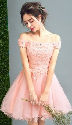 Pink A-line Off-the-shoulder Short Tulle Formal Dress Homecoming Dress Prom Dress With Appliques Lace