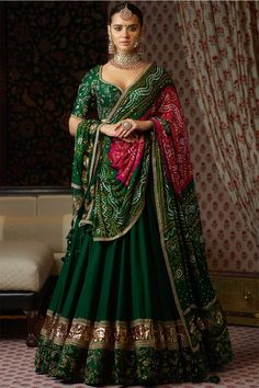 Bollywood Collection 2020 - Explore the latest and new Bollywood celebrities inspired collection 2020 online. Shop Bollywood Sarees, lehenga cholis, and suits Online from YOYO Fashion. Indian Bridal Outfits, Indian Bridal Lehenga, Indian Designer Outfits, Sabyasachi Lehenga Bridal, Rajasthani Lehenga, Lehenga Choli Wedding, Indian Bridal Wear, Sabyasachi Suits, Pakistani Lehenga
